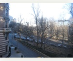 RARE 3 BR, 3 BA ON RIVERSIDE DRIVE ! PARK VIEWS !